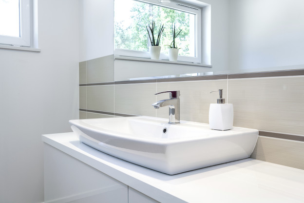 How To Remove Stains From Porcelain Sinks - Remove stains from bathroom sink